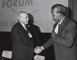 President Mandela møter hans forgjenger F. W. De Klerk