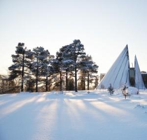 Sametinget_i_sol_og_vinter_(10343822034)